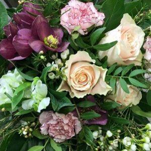 Onnittelukimppu ruusuista